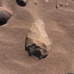 Outil paléolithique 52