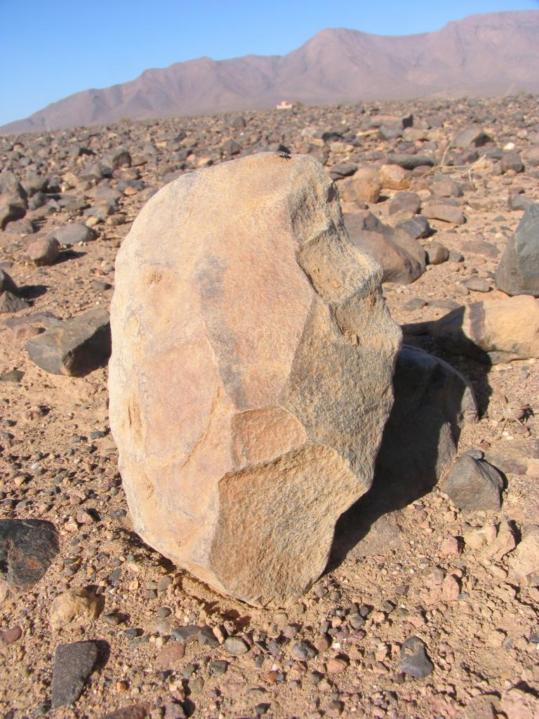 Outil paléolithique 04